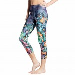 Clownfish in the Coral Reef Women's Leggings Yoga Workout Capri Pants